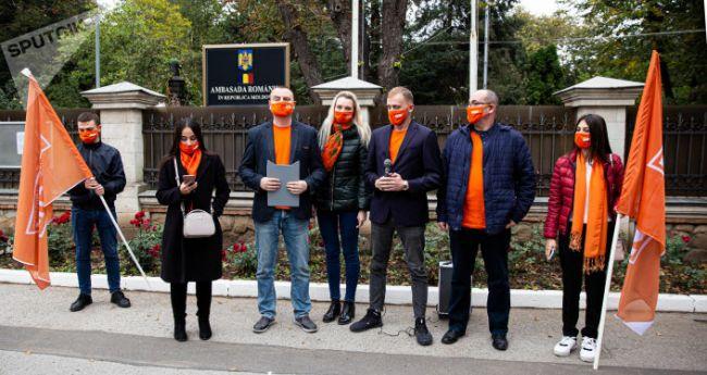 Фашистов приравнял к героям: посла Румынии в Молдове требуют объявить персоной нон грата