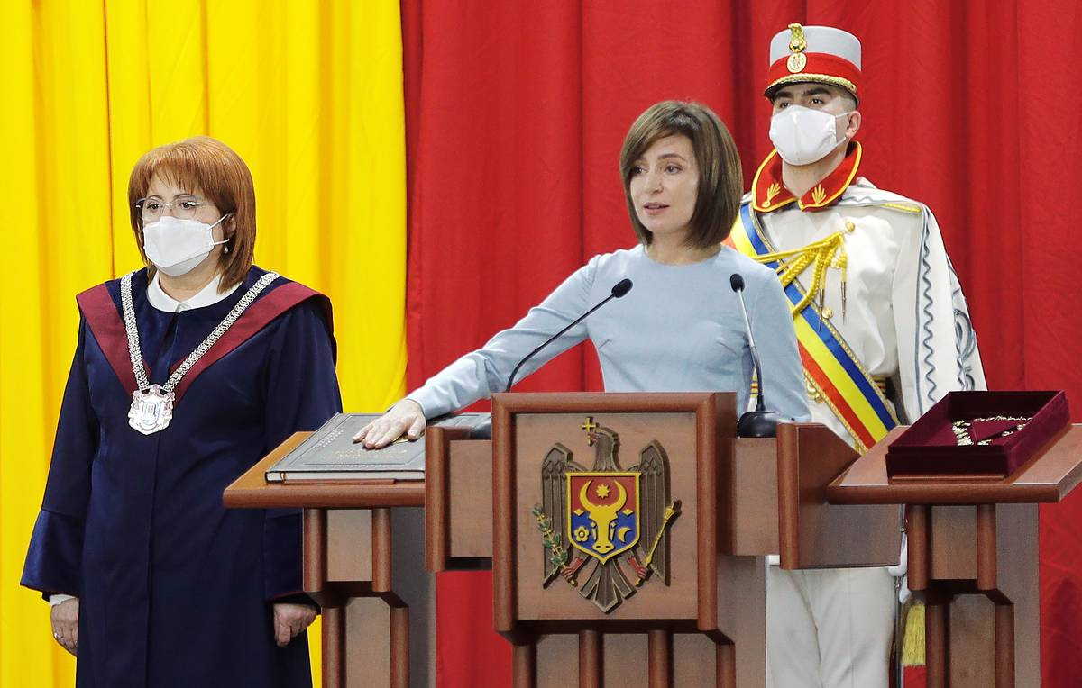 Возможно ли, что  молдаване избрали себе  президента-терминатора?