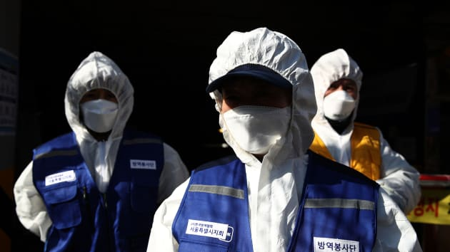 Коронавирус-маска 2