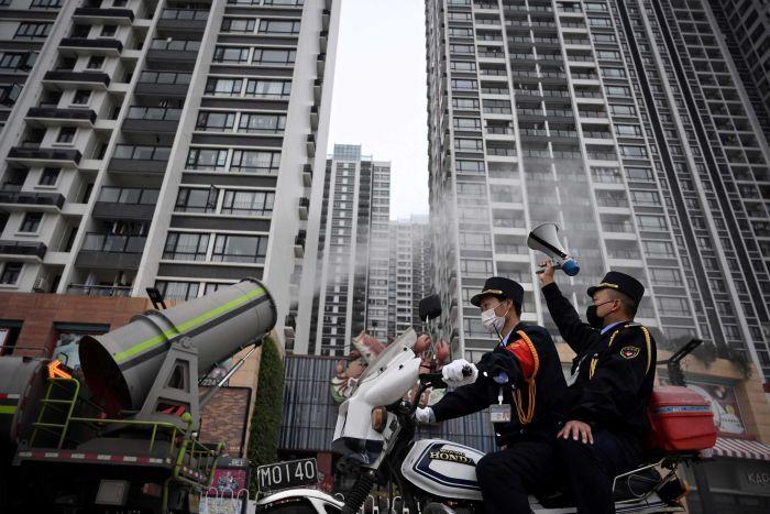 Китай: Около 500 миллионов человек ограничены в передвижении