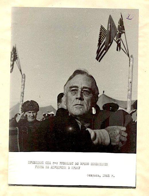 Уникальные фотографии лидеров США и Великобритании перед встречей в Ялте