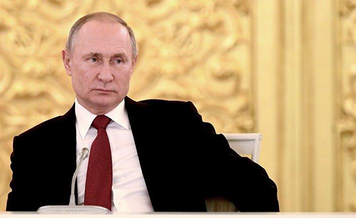 Читатели Daily Mail: Паркинсон у Путина? Да «президент» Байден вообще не поймет, о чем речь, когда узнает, что его выбрали! (Daily Mail)