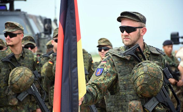 Германия никогда не присоединится к военной акции НАТО против России - Handelsblatt
