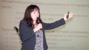 «Солидарные родители» требуют вернуть детей за парты