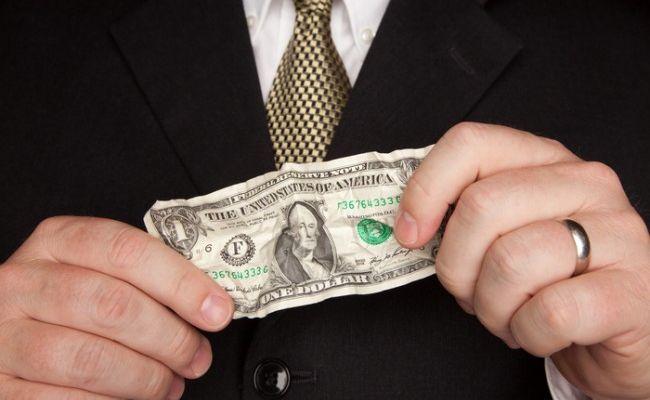 Хазин: у зарубежных держателей долларов будут проблемы