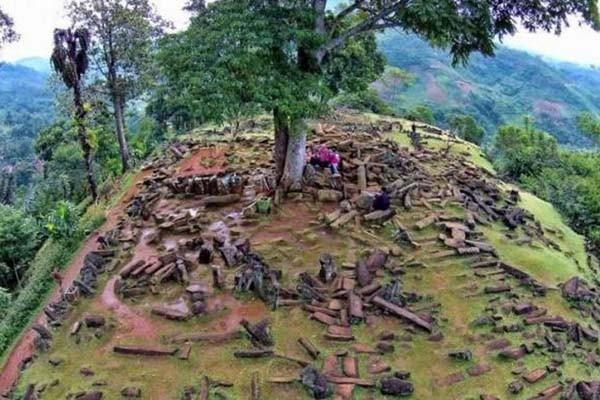 Где находится самая древняя на Земле пирамида