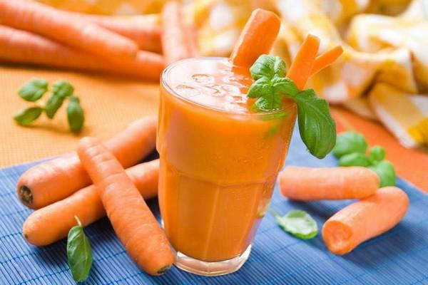 Ученые доказали, что морковный сок продлевает жизнь