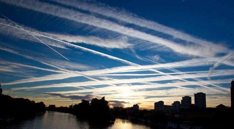 Ученые открыто изучают сравнимую с «химиотерапией» технологию охлаждения Земли путем распыления аэрозолей