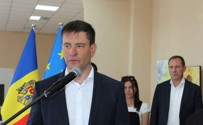 В Молдавии языковой вопрос решит референдум? Люди хотят говорить по-русски