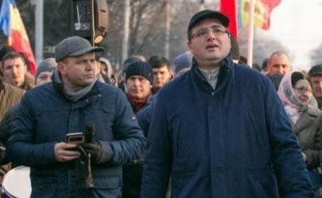 Президентские выборы в Молдове: за кандидатами от оппозиции стоят «мертвые души»