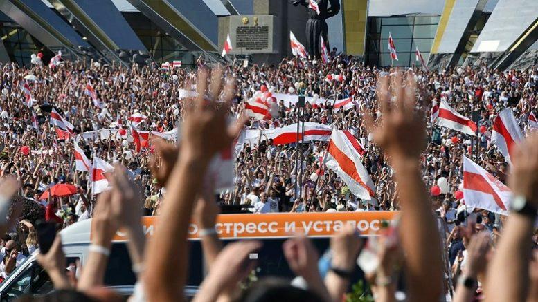 Михаил Хазин: Как жить дальше? Выход один - православный социализм