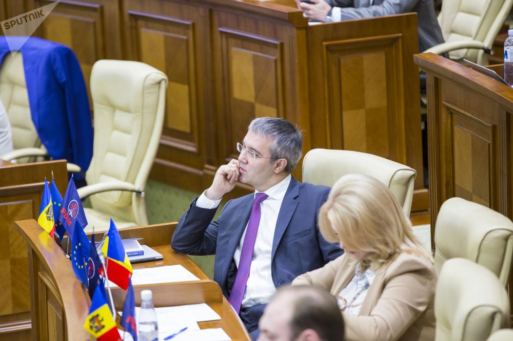 """""""Молдова скатывается в диктатуру"""" - председатель парламентской комиссии по безопасности"""