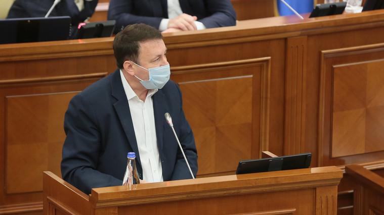 Молдавский парламентарий: законопроект об особом статусе русского языка социалистов – провокация, начинающая  культурно-лингвистическую войну