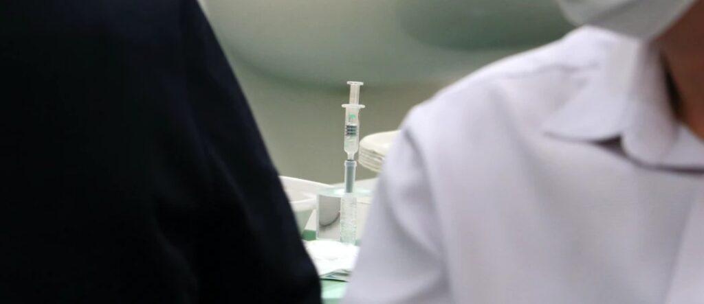 Вакцины не работают: 54 процента пациентов больниц в Ирландии полностью привиты от коронавируса