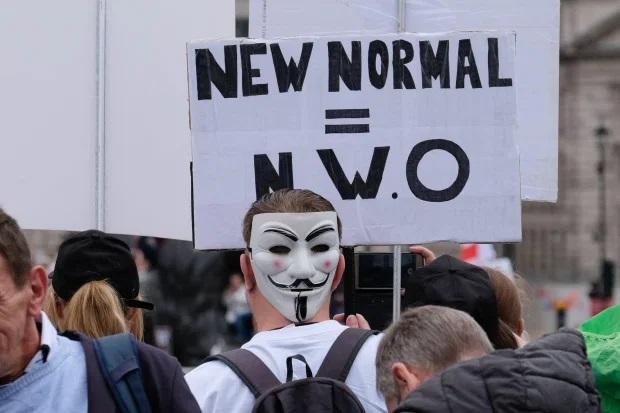 """В Лондоне, Берлине и Париже прошли многотысячные """"коронавирусные"""" протесты против  мер ограничения и ношения масок"""