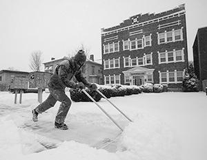 Редчайший природный катаклизм лишил американцев тепла и света