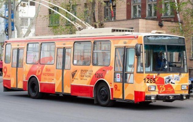 Оппозиция Молдовы требует запретить «Троллейбус Победы» в Кишинёве