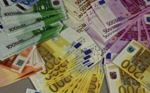 Как далеко пойдёт Европа в замене наличных денег цифровой валютой