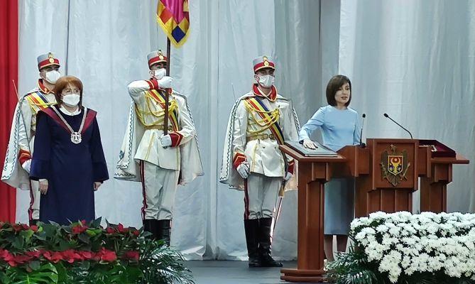 Майя Санду пообещала быть честным президентом Молдовы