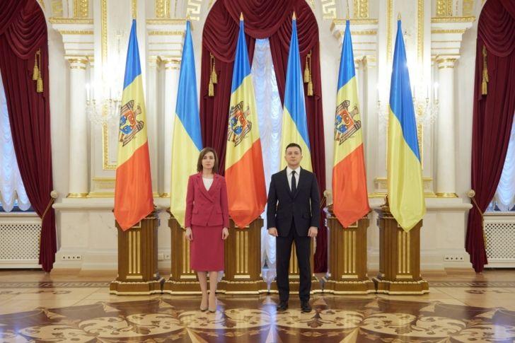 Зеленский и Санду тащат Украину и Молдавию в «Троеморье» – проект, родившийся в США
