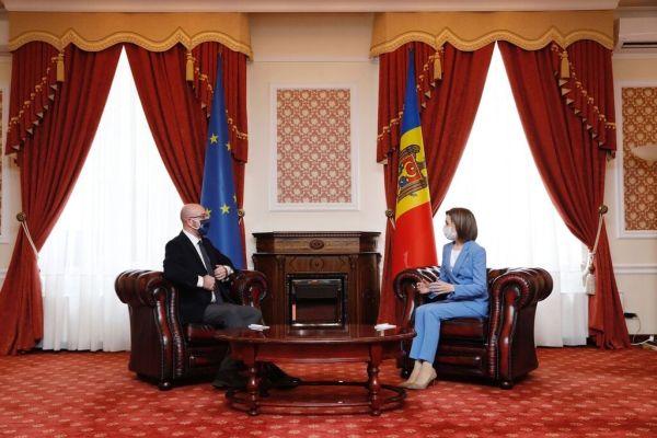 Глава Евросовета в Кишинёве заверил Санду в поддержке ЕС