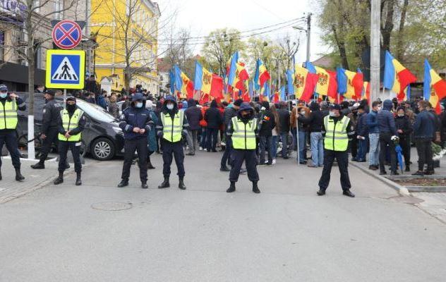 Молдова: Хаос на фоне пандемии