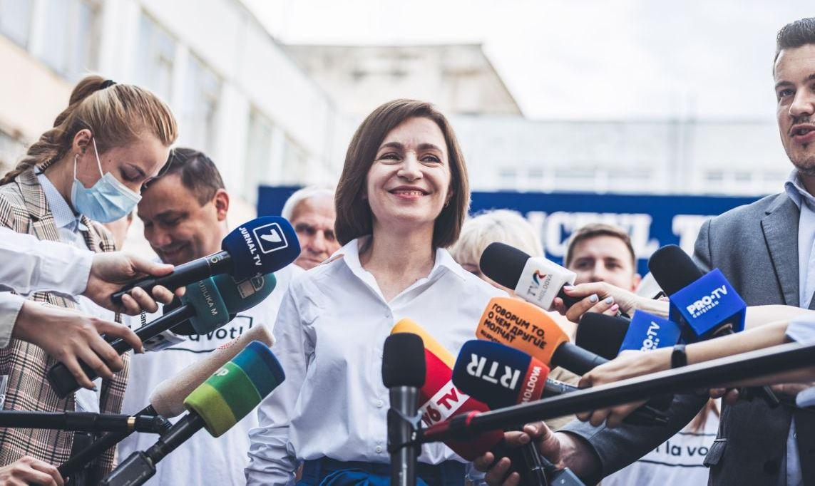 После молдавских выборов в Вашингтоне и Бухаресте рекой льётся шампанское