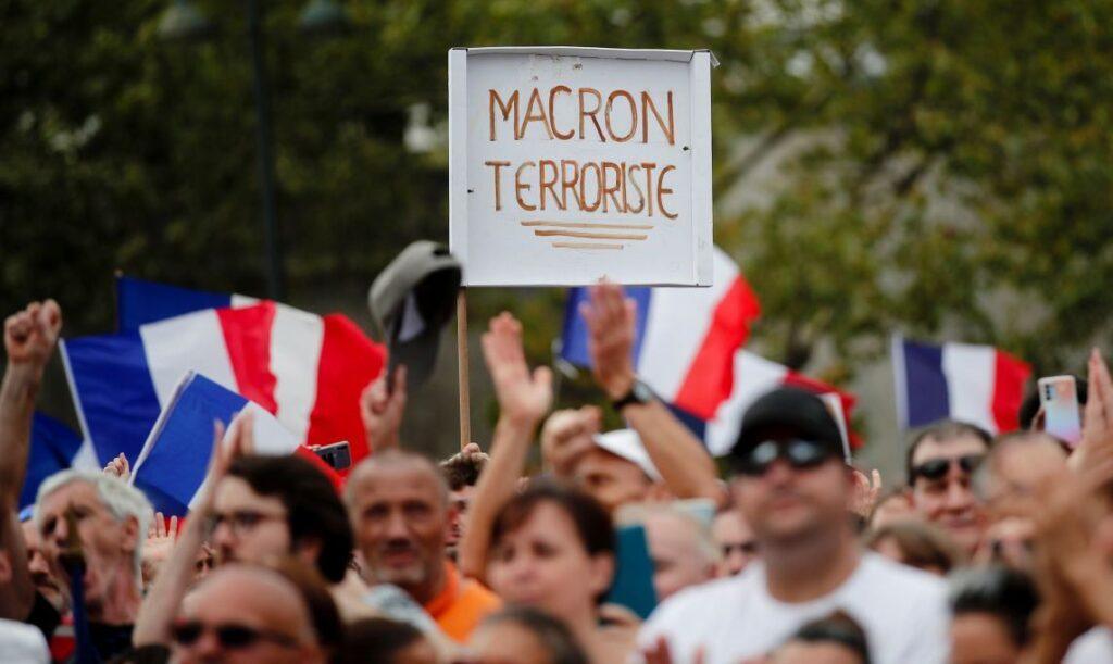 Призрак гражданской войны во Франции