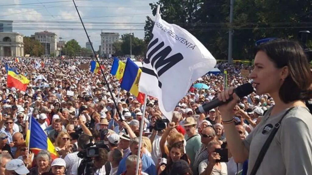 Международный эксперт: Молдова может стать следующей мишенью «цветной революции», поддерживаемой Западом, с целью оказать давление на Россию